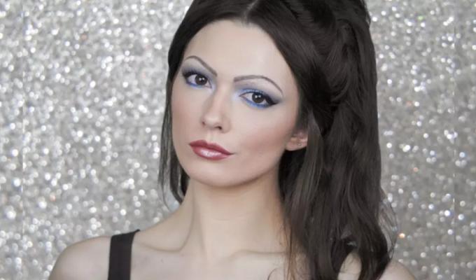 makeup trends 1990s