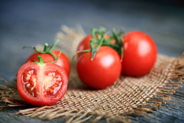 cooking-tomatoes